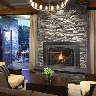 Example of a classic living room design in Denver
