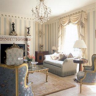 Idee per un grande soggiorno chic con pareti grigie, sala formale, pavimento in marmo, cornice del camino in intonaco e camino classico