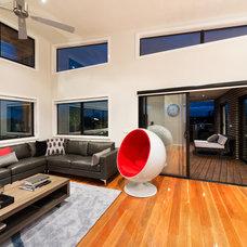 Modern Living Room by Design Unity