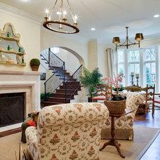 Traditional Living Room by TATUM BROWN CUSTOM HOMES