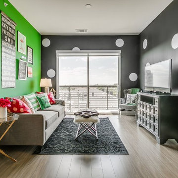 Glam Dallas Air Bnb- Black and White and Green all over!