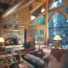 Rustic Living Room by Edgewood