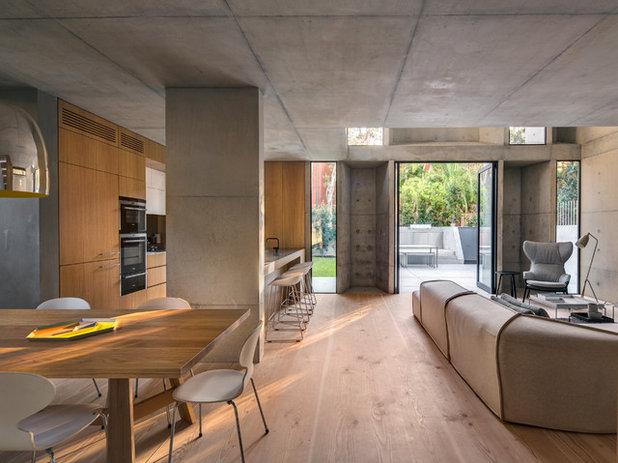 Moderne Salon by Nobbs Radford Architects
