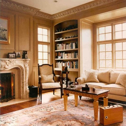 traditional living room by Downey Robbins Szafarz Architects Inc.