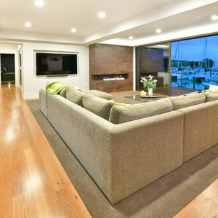 Example of a coastal living room design in Auckland