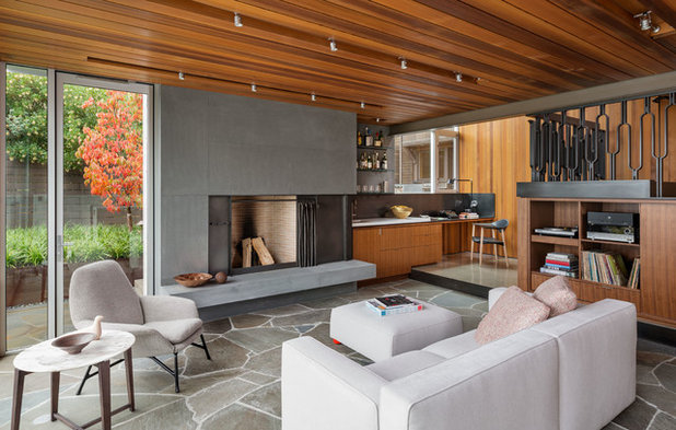 Midcentury Living Room by company k