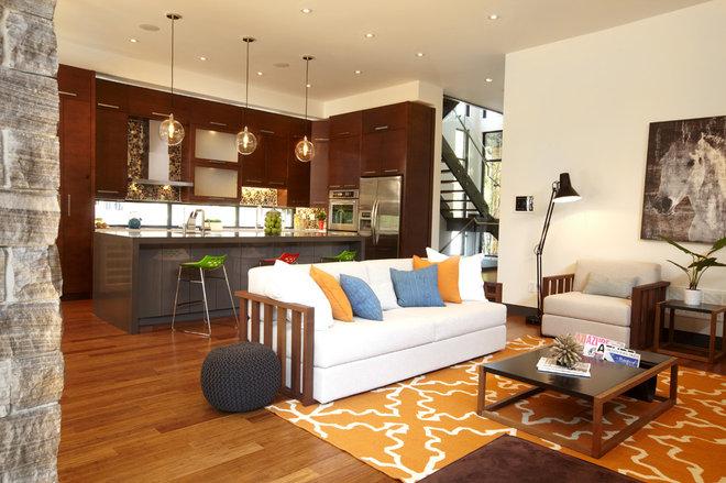 Modern Living Room by En2 Development Corp