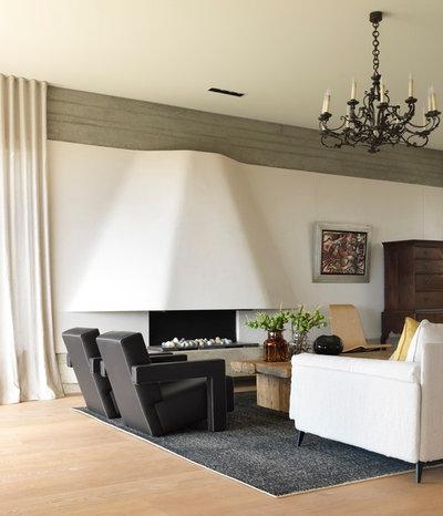 Contemporary Living Room by Decus Interiors