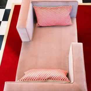 Idee per un soggiorno boho chic con pareti rosa