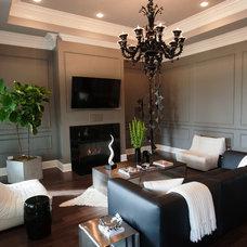 Contemporary Living Room by MOSS MANOR | Sarah James Moss