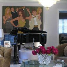 Traditional Living Room by Evelyn Benatar, New York Interior Design