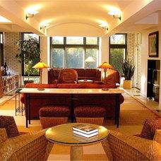 Contemporary Living Room by InterDesign Studio