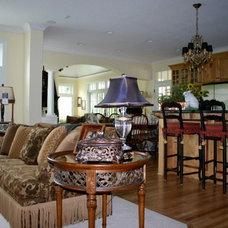 Traditional Living Room by Kimberly Rennerfeldt Interior Design LLC