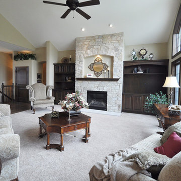 Great room with fireplace & built-ins