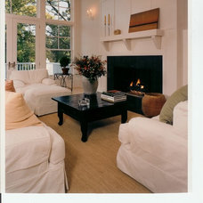 Traditional Living Room by Heinrich+Schultz