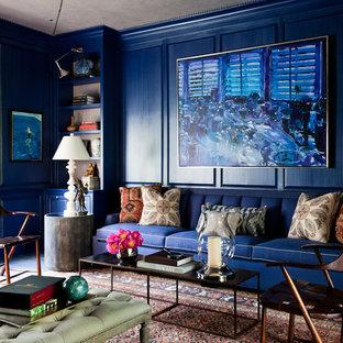 Modelo de salón para visitas ecléctico con paredes azules