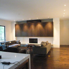 Modern Family Room by Greico Designers/Builders Dallas
