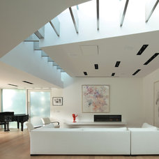 Contemporary Living Room by Griffin Enright Architects