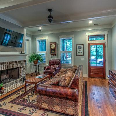 Living room - traditional living room idea in Atlanta