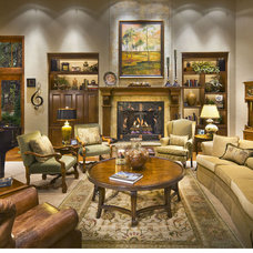 Traditional Living Room by Grisell Navas
