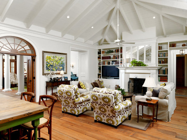 Living Room by Cooper Johnson Smith Architects and Town Planners