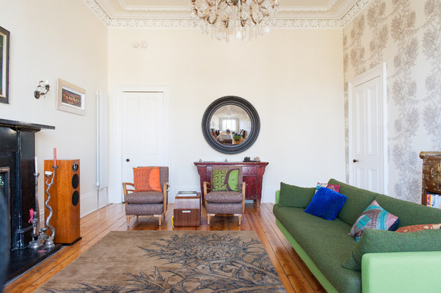 How To Mix And Match Your Sofas And Chairs