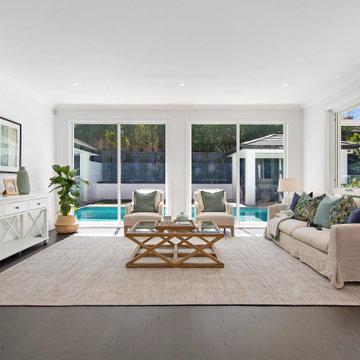 Hamptons - Contemporary Luxury Home