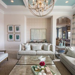 Ispirazione per un grande soggiorno classico chiuso con sala formale, pareti beige, pavimento in marmo, camino classico e cornice del camino in metallo