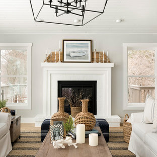 Inspiration for a country living room remodel in Minneapolis