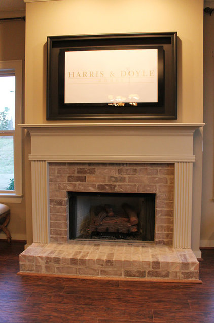 Traditional Living Room by Harris Doyle Homes