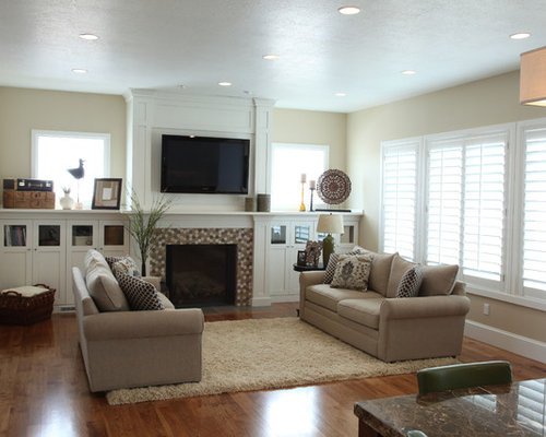 Living Room Design Ideas, Renovations & Photos with a Wall