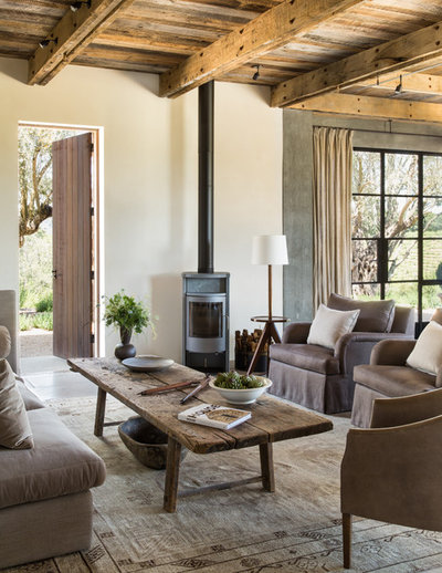 Country Living Room by Jute Interior Design
