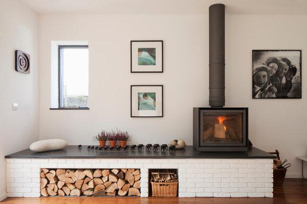 Contemporain Salon by van Ellen + Sheryn Architects