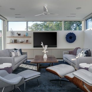 75 Most Popular Living Room With A Wall Mounted Tv Design Ideas For