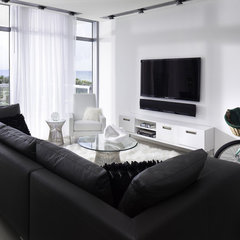 contemporary living room by Bigtime Design