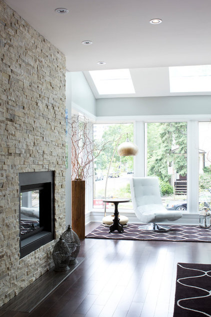 Contemporary Living Room by Stacy Vazquez-Abrams: Photographer