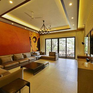 Ejemplo de sala de estar asiática, grande, con paredes multicolor y suelo beige