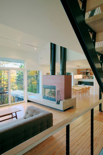 Modern Living Room by Gossens Bachman Architects