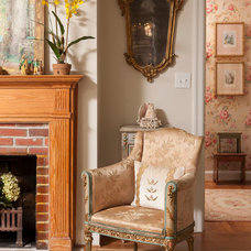 Traditional Living Room by En Vie Interiors by Melanie Bowe