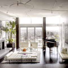 modern living room by Ken Gutmaker Architectural Photography