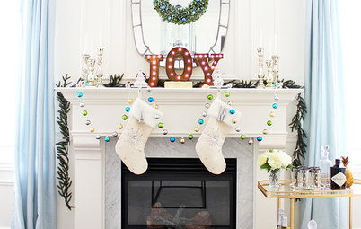 Show Us Your Holiday Mantel