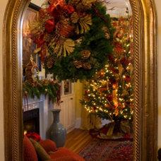 Traditional Living Room by Jennifer Stoner Interiors