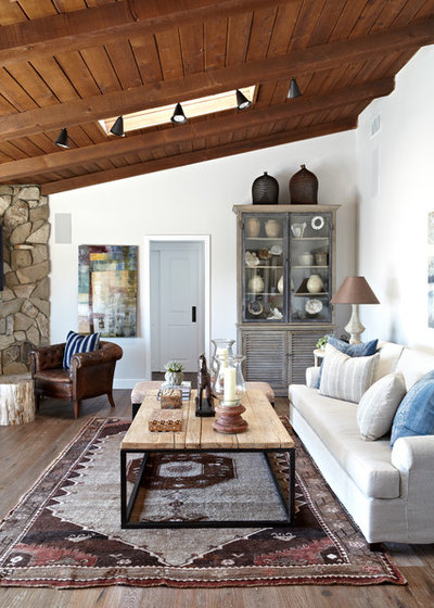 Houzz tour a classic ranch house rises to the location for Classic home designs inc