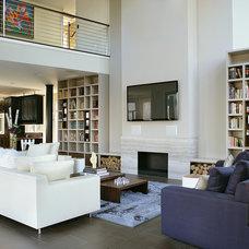 Contemporary Family Room by YZDA | Yoshida + Zanon Design Atrium