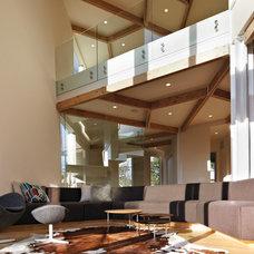 Modern Living Room by Method Homes