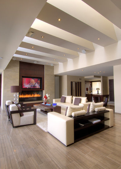 Contemporary Living Room by London Audio Ltd
