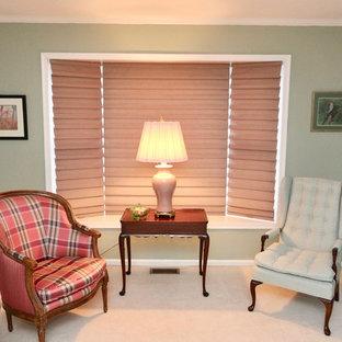 Immagine di un grande soggiorno classico aperto con sala formale, pareti verdi e moquette