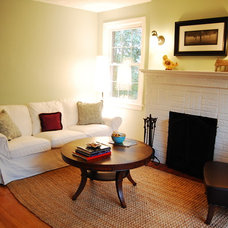 Traditional Living Room by ra reDoes rooms