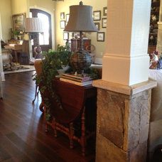 Traditional Living Room by Total Quality Home Builders, Inc.