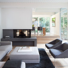 Modern Living Room by splyce design